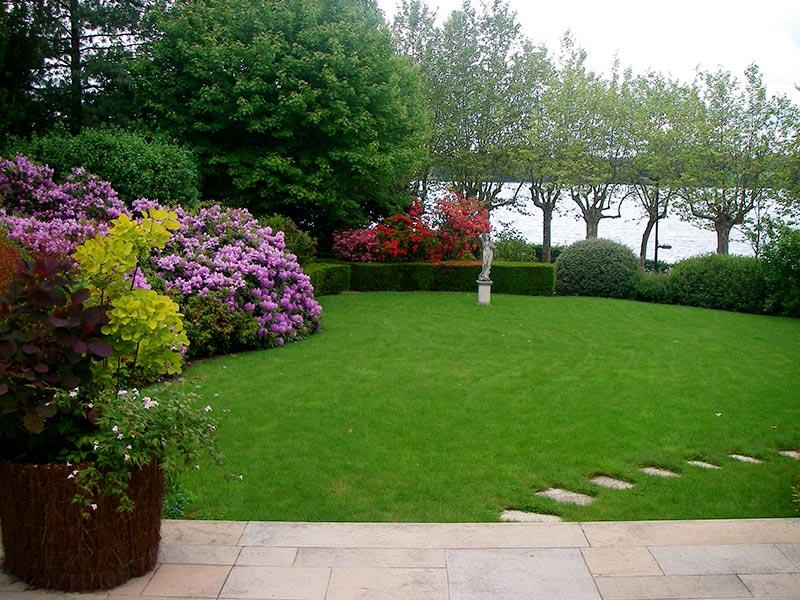 Moncorgé, Soin et entretien du jardin
